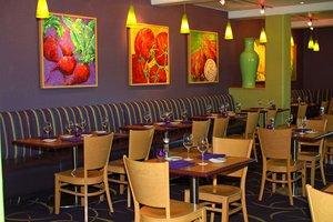 Lobby - Radisson Hotel Yuma
