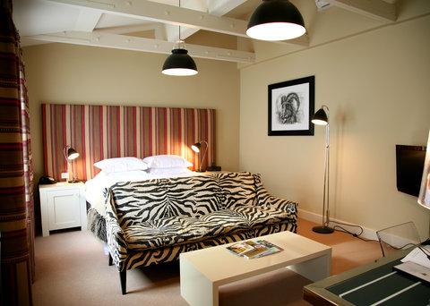 Principle Room