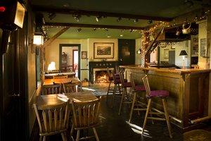 Bar - Inns at the Equinox Manchester Village