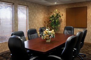Meeting Facilities - Clubhouse Inn & Suites Topeka