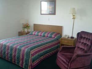 Room - Budget Host Caribou Inn Hallock