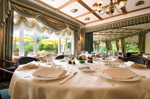 Manoir HTel Restaurant