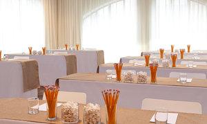 Meeting Facilities - Graduate Hotel Minneapolis