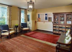 Lobby - Omni Bretton Arms Inn