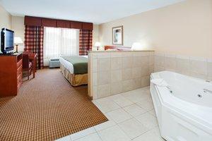 Suite - Holiday Inn Express Glenwood Springs