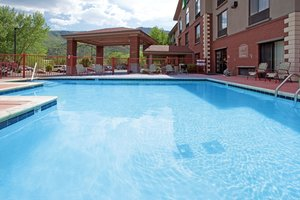 Pool - Holiday Inn Express Glenwood Springs