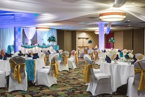 Ballroom - Holiday Inn Hotel & Suites Overland Park