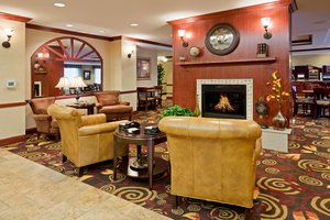 Lobby - Holiday Inn Express Mitchell