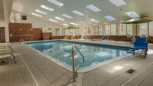 Pool - Holiday Inn Express South Burlington