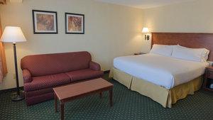 Room - Holiday Inn Express South Burlington
