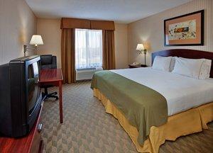 Room - Holiday Inn Express Hotel & Suites Lansing