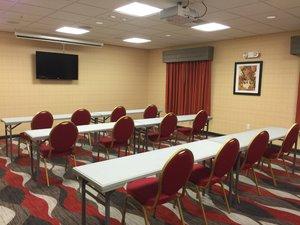 Meeting Facilities - Holiday Inn Express Hotel & Suites Bradford