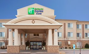 Exterior view - Holiday Inn Express Hotel & Suites Brandon