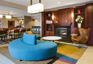 Lobby - Fairfield Inn by Marriott Olathe