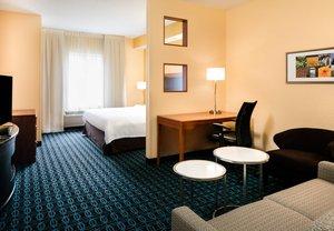 Room - Fairfield Inn by Marriott Olathe
