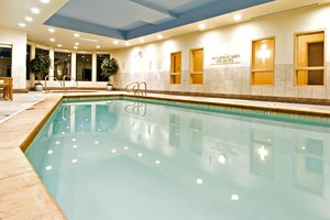 Pool - Holiday Inn Express Hotel & Suites Richmond