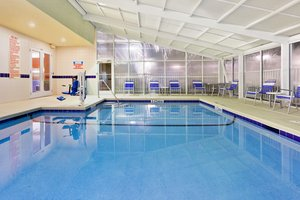 Pool - Holiday Inn Brunswick