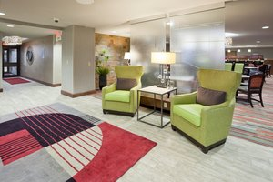 Lobby - Holiday Inn Express Hotel & Suites West Bloomington