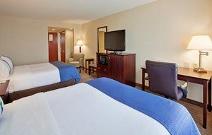 Room - Holiday Inn Hotel & Suites Convention Center