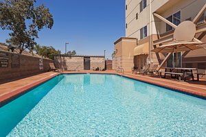 Pool - Holiday Inn Express Central Bakersfield