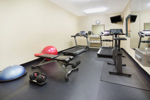 Fitness/ Exercise Room - Holiday Inn Express Hotel & Suites Englewood