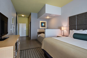Suite - Holiday Inn Express Hotel & Suites Carlisle