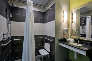 - Holiday Inn Express Hotel & Suites Carlisle