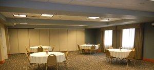 Meeting Facilities - Holiday Inn Express Hotel & Suites Winner