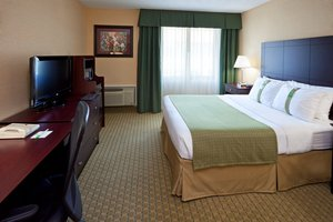 Room - Holiday Inn Hasbrouck Heights
