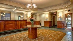 Lobby - Holiday Inn Express Hotel & Suites Hadley
