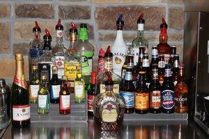 Bar - Cobblestone Inn & Suites Avoca
