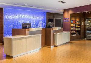 Lobby - Fairfield Inn & Suites by Marriott Waterloo