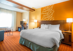 Room - Fairfield Inn & Suites by Marriott Waterloo