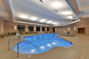 Pool - Holiday Inn Express Breezewood