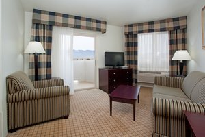 Suite - Holiday Inn Express Airport Colorado Springs