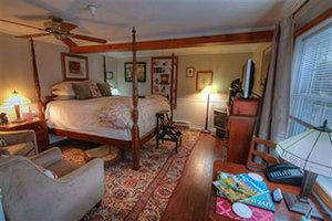 Room - Phineas Swann Bed & Breakfast Inn Montgomery Center