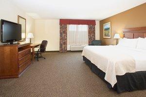 Suite - Holiday Inn Hotel & Suites Trinidad