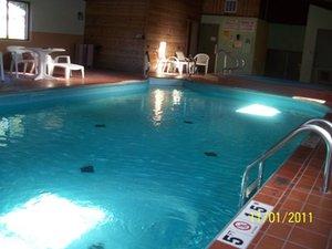 Pool Bellevue Hotel Suites