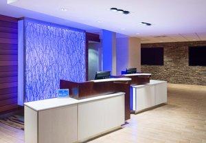 Lobby - Fairfield Inn & Suites by Marriott Paramus