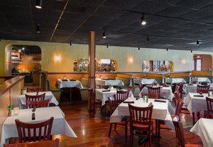 Restaurant - Fairfield Inn & Suites by Marriott Paramus
