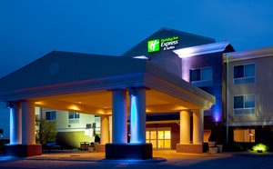 Exterior view - Holiday Inn Express Hotel & Suites Yankton