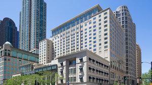 Exterior view - Peninsula Hotel Chicago