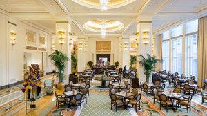 Lobby - Peninsula Hotel Chicago