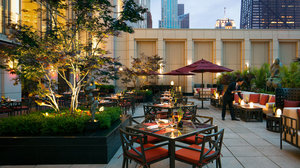 Restaurant - Peninsula Hotel Chicago