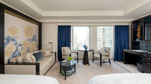 Room - Peninsula Hotel Chicago