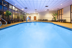 Pool - Crowne Plaza Hotel Denver Airport