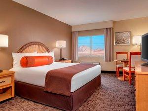 Room - Fiesta Henderson Station Casino Hotel