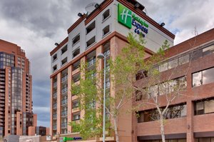Exterior view - Holiday Inn Express Hotel & Suites Calgary