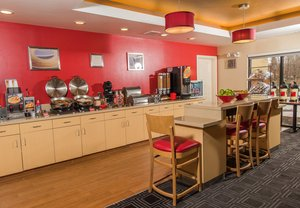 Restaurant - TownePlace Suites by Marriott Erie