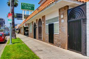 Exterior view - Dunes Inn Sunset Blvd Hollywood
